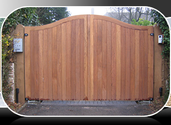 wood gates in pine